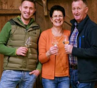 Weingut Peter Greif Familie Greif